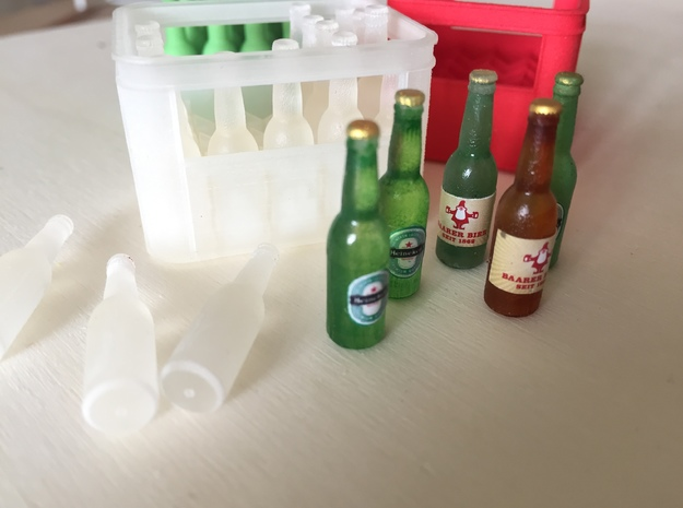 1:12 Beer Bottles (20 pieces) in Smooth Fine Detail Plastic