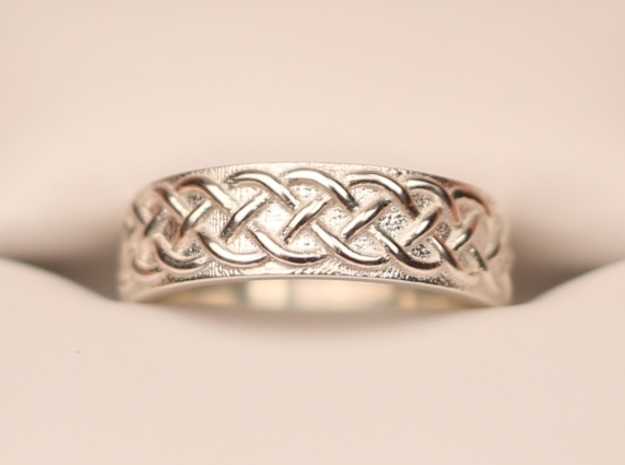 Celtic Knot Wedding Band in Polished Silver: 7 / 54