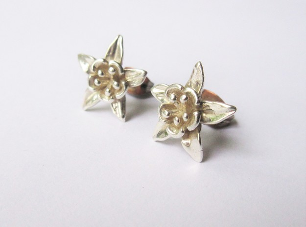 Columbine Flower Earrings in Polished Silver