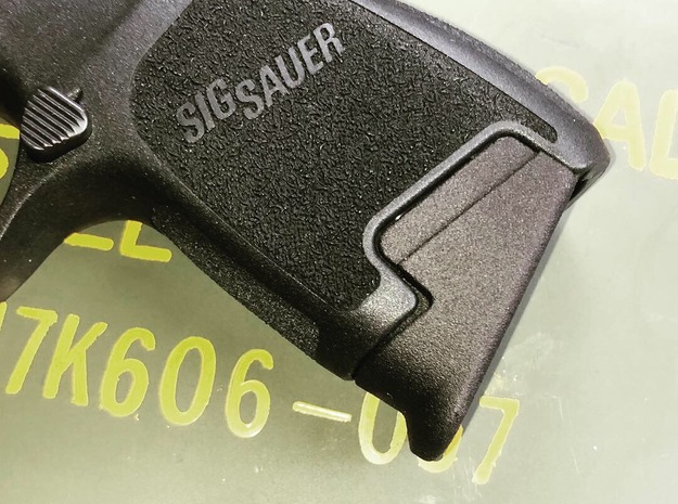 SIG P320 .45 Subcompact Pinky Extension  in Black PA12