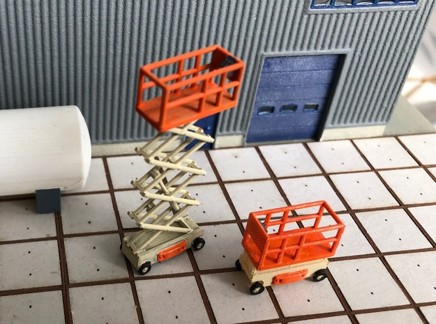 N Scale Scissor Lift 1+2 in Smooth Fine Detail Plastic