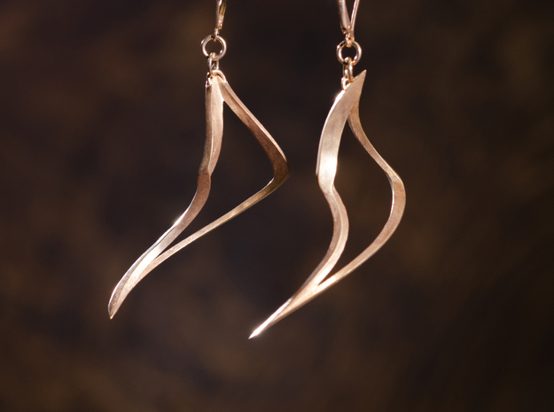 Tusk Earring (Right) in Natural Bronze