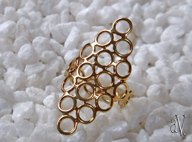 Round Bee 6T Open Ring in 14k Gold Plated Brass: 10 / 61.5