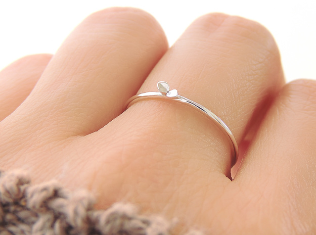 Sprout Ring (Multiple Sizes) in Polished Silver: 6 / 51.5