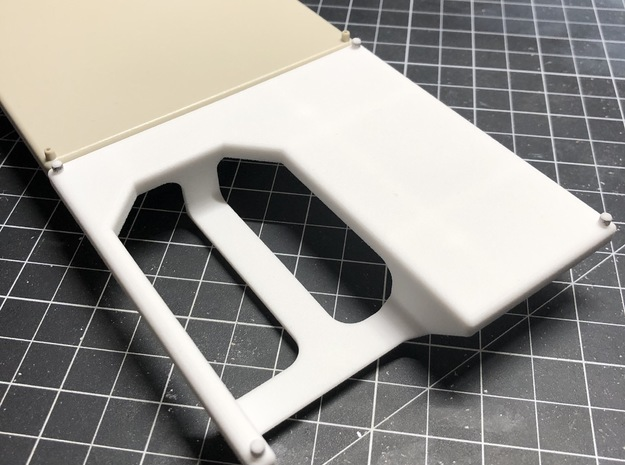 DeAgo Falcon Hold - Support for Floors with Pits in White Processed Versatile Plastic