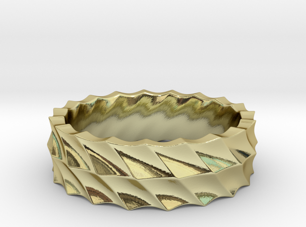 Slant Wave Ring _ B in 18k Gold Plated Brass: 8 / 56.75