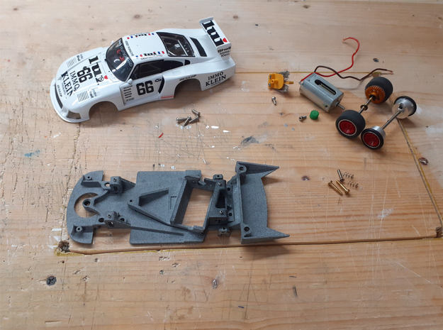 1/32 Chassis NSR Motor for Carrera Porsche 935/78 in White Natural Versatile Plastic