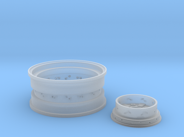 1/8 Rear Wire Wheel (rim/hub) for 1/8 Revell Deuce in Frosted Ultra Detail