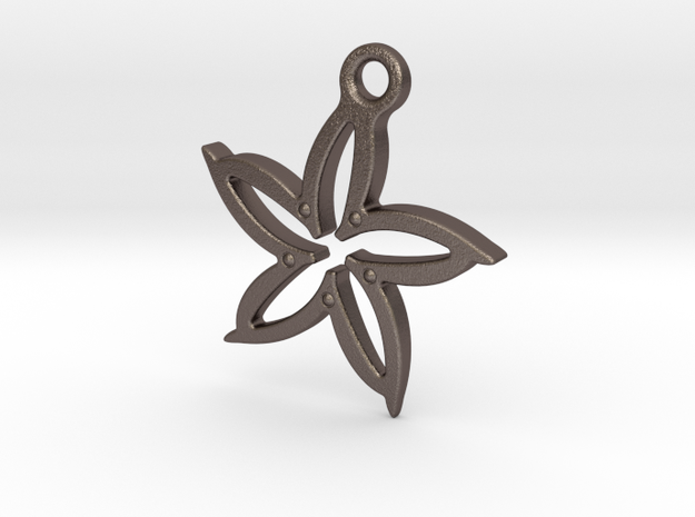 Leaf pendant in Stainless Steel