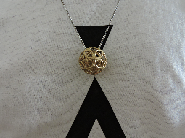 Trifolium pendant in Raw Brass