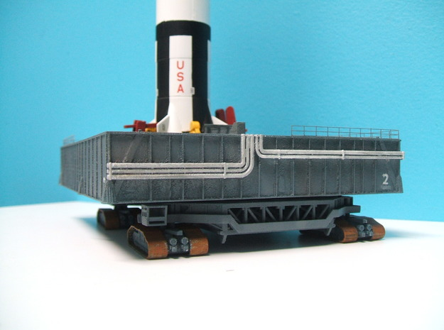 1/400 Saturn V MLP & Crawler, Apollo launch pad 3d printed Pipework on the end of the MLP.