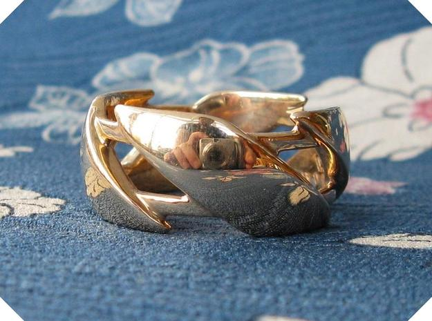 US8.5 Ring III in Polished Bronze