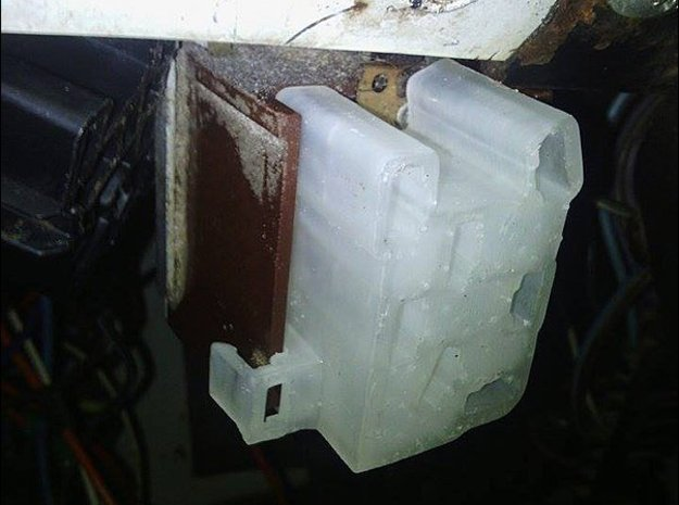 Jeep Headlight Connector (Harness Side) 1973-1986  in White Natural Versatile Plastic