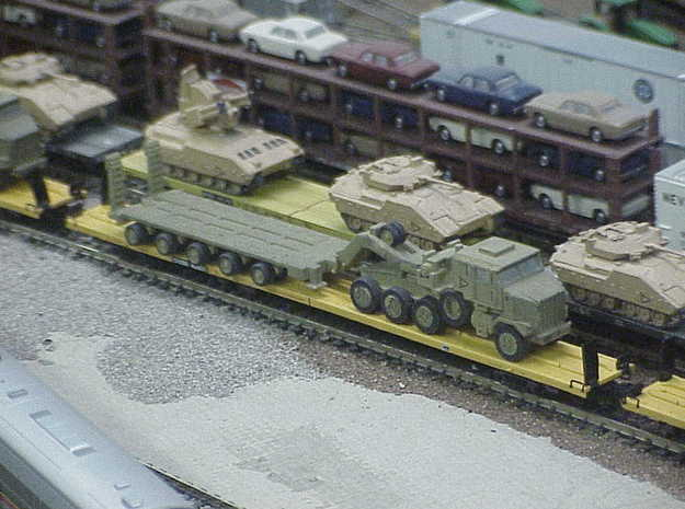 HETS M1070 / M1000 Truck & Trailer 1/160 / N-Scale in Frosted Ultra Detail
