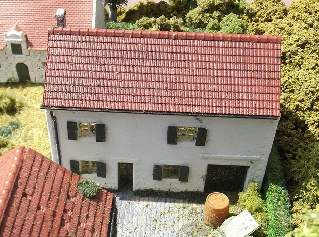 House On Hill - WSF Walls - N - 1:160 in White Natural Versatile Plastic