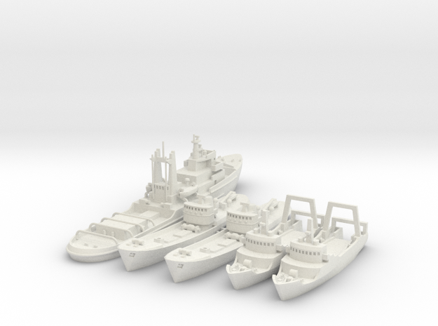 Lloydsman tug and trawlers 1/700 and 1/600 in White Natural Versatile Plastic: 1:700