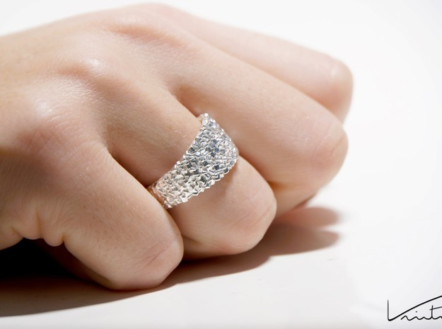 Thousand Cubes ring in Natural Silver: 6 / 51.5