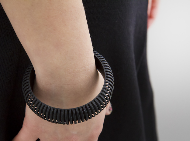 Medium Size - Cutted Ellipse Bracelet 3d printed Painted (clear satin)