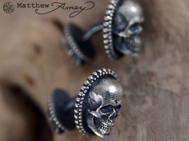 Skull cuff link - 25mm in Natural Silver