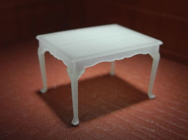 1:48 Queen Anne Dining Table in Smooth Fine Detail Plastic