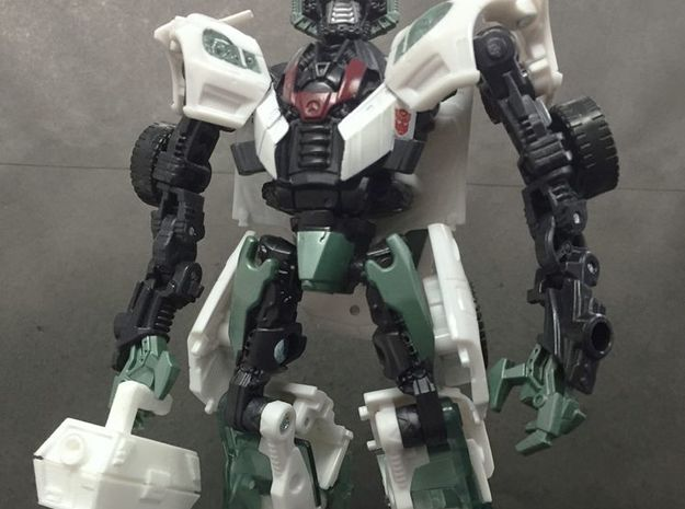 TF4: AOE Jackie the box tools kit for Wheeljack in White Strong & Flexible