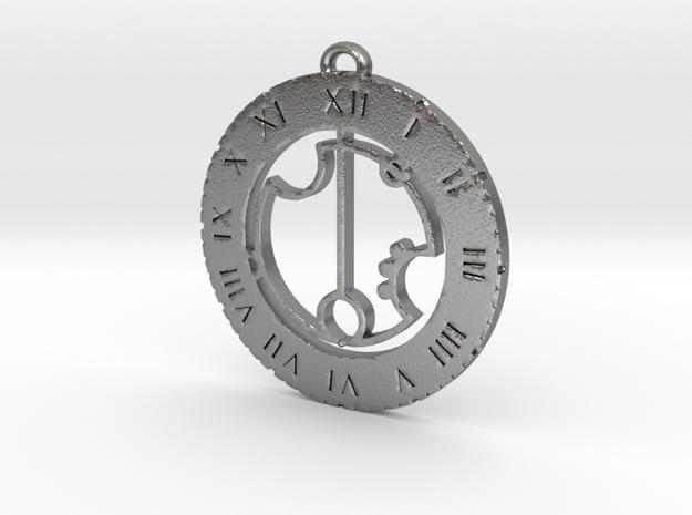 Greta - Pendant in Natural Silver