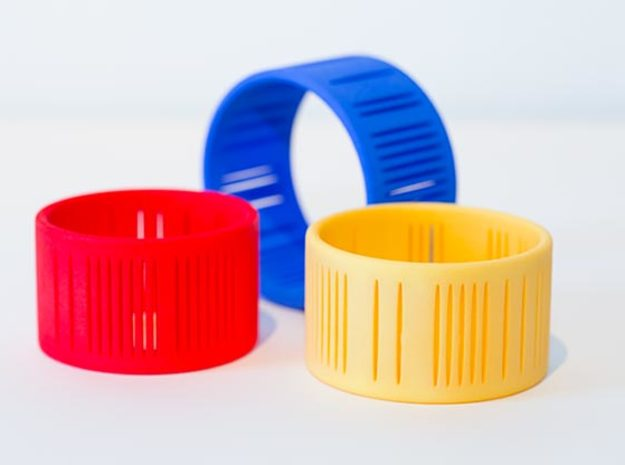 Slits Bracelet in Yellow Processed Versatile Plastic: Small