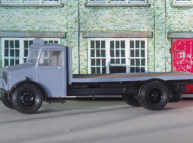 1:43 Bedford OY Cab & Chassis (single fuel tank) 3d printed Fitted with flatbed body. Cab roof not yet fixed.