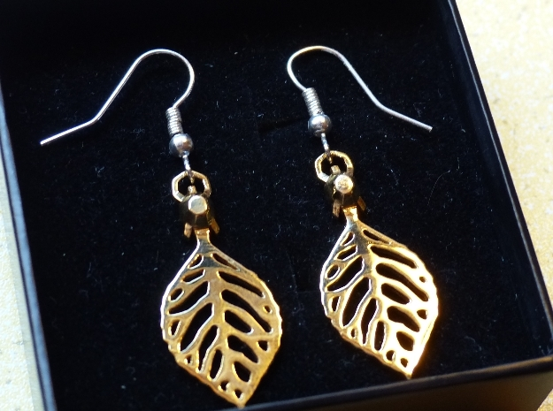Turtle Leaf Earrings in 18k Gold Plated