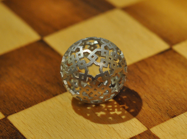 Cubical two-point pattern in Natural Silver