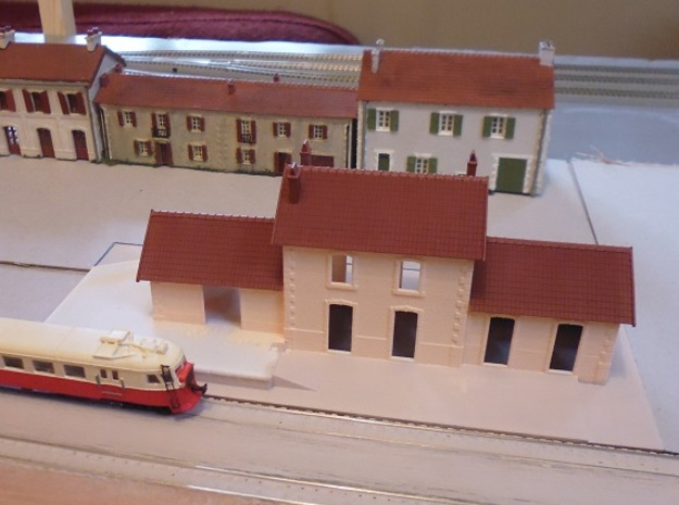 Station Large - Walls - N - 1:160 in White Natural Versatile Plastic