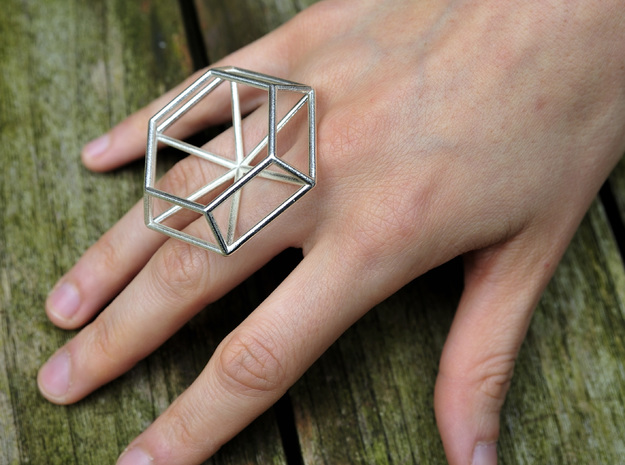 Medium wireframe diamond ring in Rhodium Plated Brass