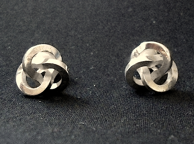 Trefoil Cufflinks 3d printed Front View [Polished Silver]