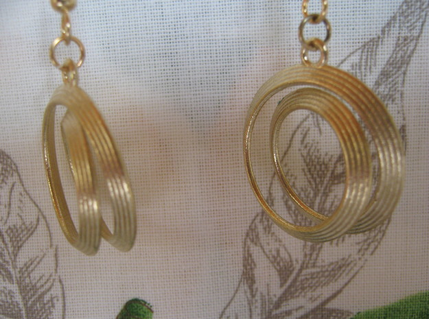 Four-Coil 1 2 Earrings in Natural Brass