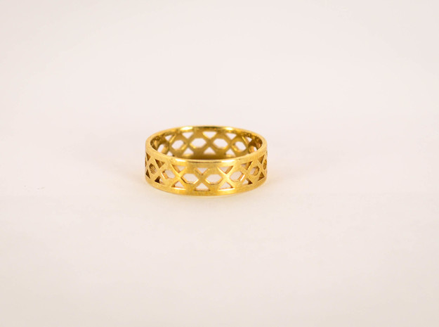 Intertwining Ring Size 6 in Polished Brass