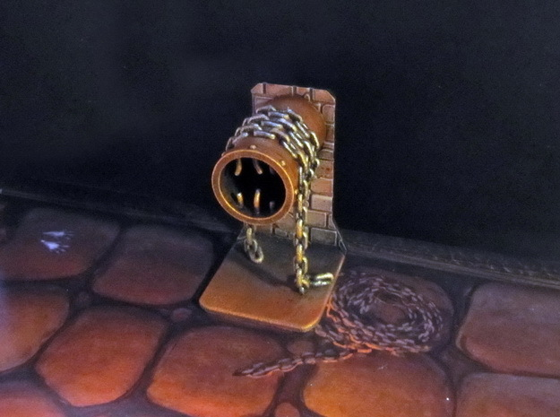 Pipe and chain token / scenery in White Strong & Flexible Polished