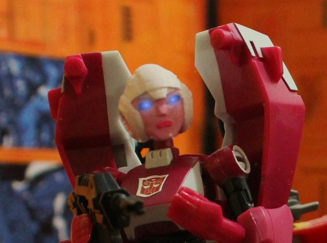 Animated Arcee G1 Head