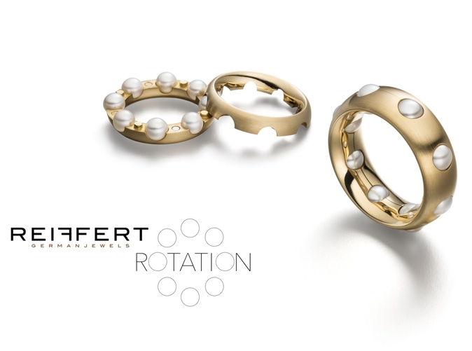 Rotation in 18ct Gold with Pearls