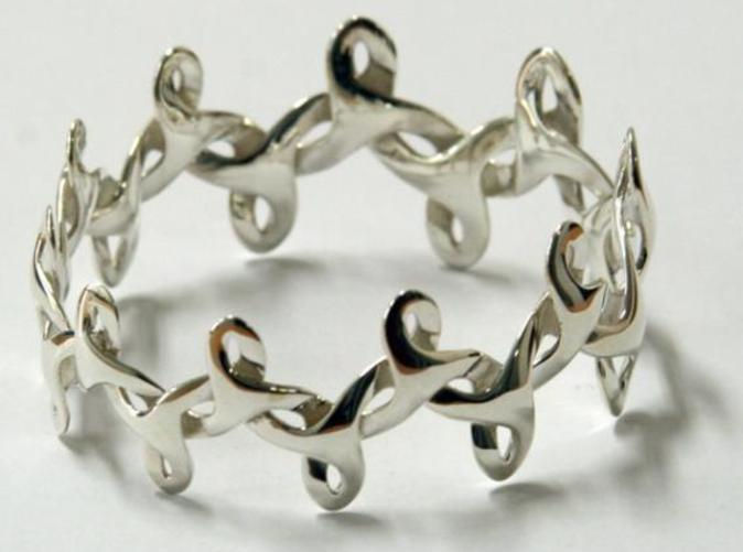 photo of bracelet in silver