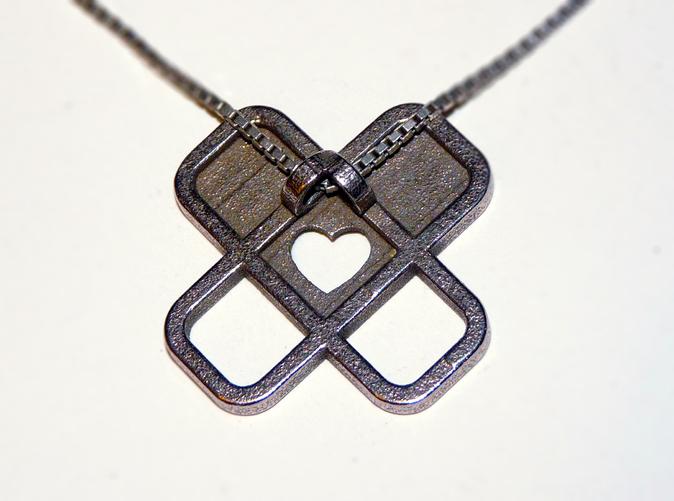 heart pendant2