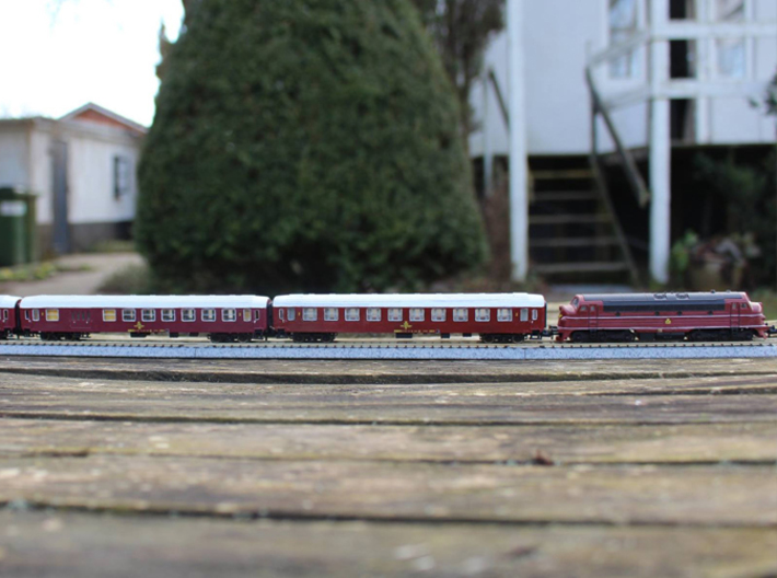 DSB class B coach N scale 3d printed Example of use in a 60's DSB train