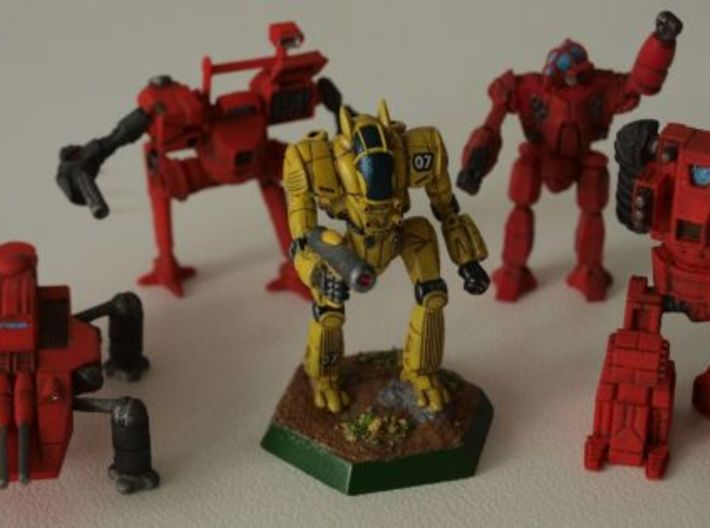 Densha Mecha 1/285 6mm 3d printed Group shot together with battletech chameleon (only for comparison purposes)