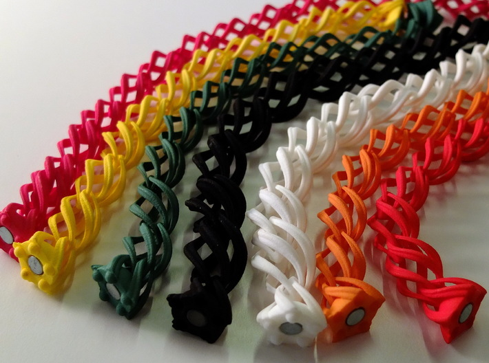 """Thistle"" 10 Seed Chain to close or conect ... 3d printed"