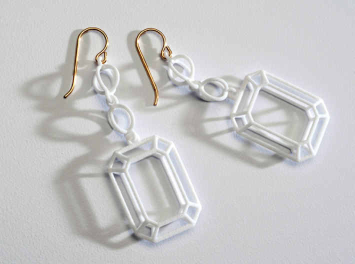 Future Victorian Emerald Earrings 3d printed