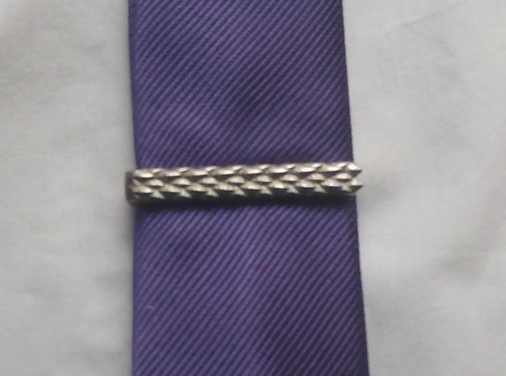 Dragon Scale Tie-bar 3d printed