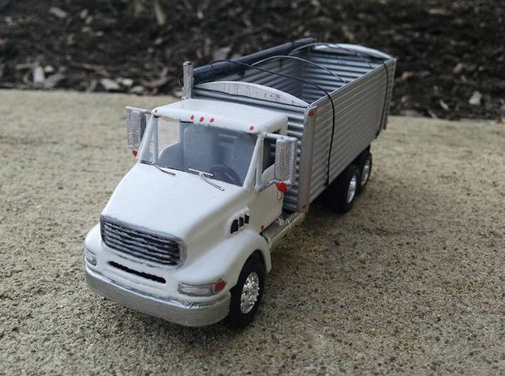 "1/64 ""Sterling 9500"" style daycab truck with mirro 3d printed"
