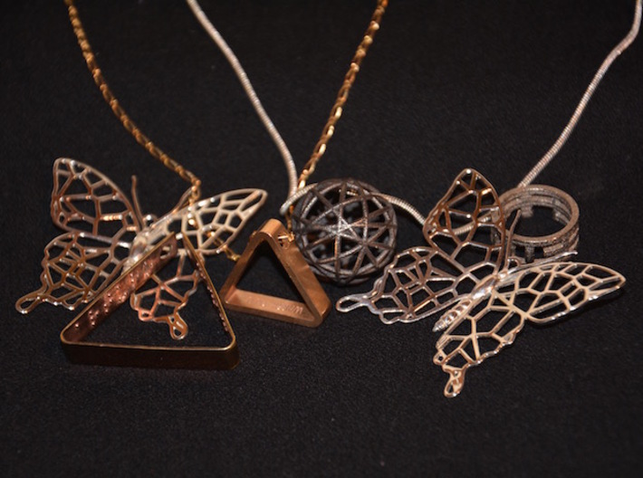 Butterfly Voroni Pendant 3d printed