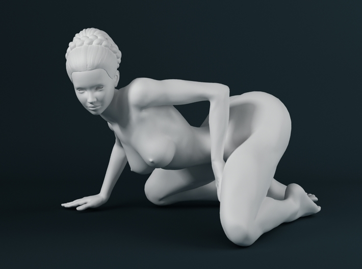 1:32 Strong Woman 005 3d printed