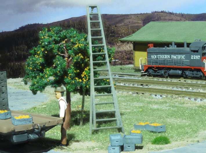 15' Orchard Ladder HO Scale 3d printed HO Ladder