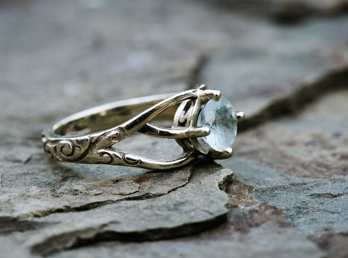 Solitaire Engagement Ring w/Branched Band 3d printed White gold ring set with 0.85ct aquamarine and custom engravings.